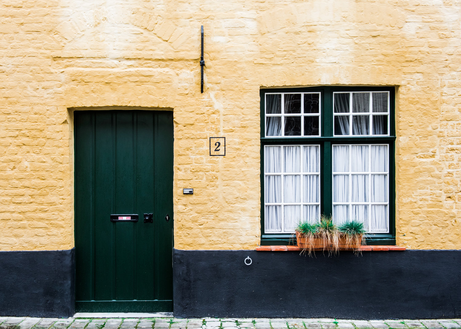 How to use the sharing economy when moving house.